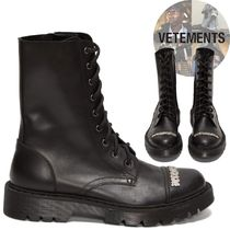 VETEMENTS Straight Tip Plain Leather Boots