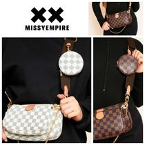 MISSY EMPIRE Shoulder Bags