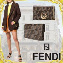 FENDI Monogram Chain Leather Shoulder Bags