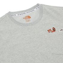 THE NORTH FACE More T-Shirts Short Sleeves Logos on the Sleeves Outdoor T-Shirts 8