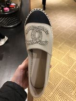 CHANEL Slip-On Shoes