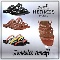 HERMES Open Toe Casual Style Studded Leather Block Heels