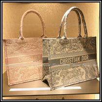 Christian Dior Casual Style Canvas A4 Elegant Style Totes