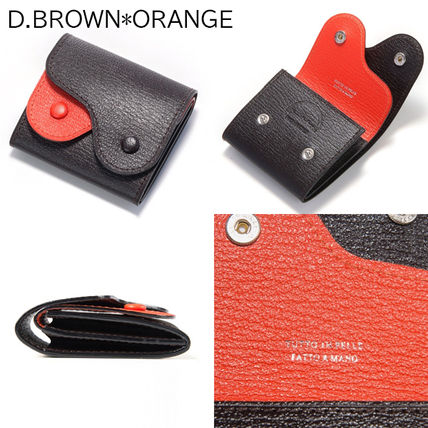 Unisex Plain Leather Logo Keychains & Holders