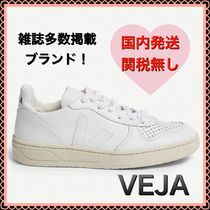 VEJA V10 Casual Style Unisex Leather Low-Top Sneakers