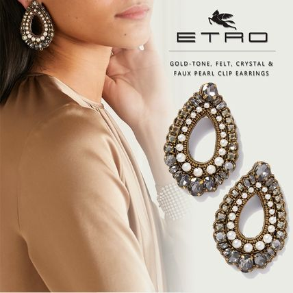 Party Style With Jewels Elegant Style Earrings