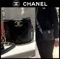 CHANEL Casual Style Lambskin Blended Fabrics Vanity Bags Chain