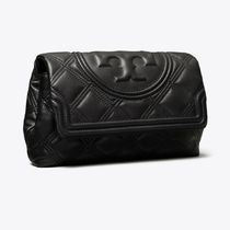 Tory Burch Tory Burch FLEMING Plain Leather Office Style Logo Clutches