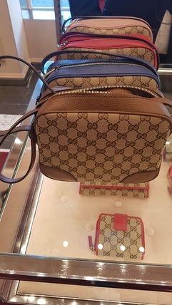 GUCCI Casual Style Calfskin Leather Shoulder Bags