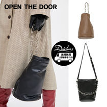 OPEN THE DOOR Street Style Plain Party Style Home Party Ideas Purses