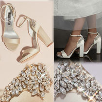 Vera Wang Plain Pin Heels Party Style With Jewels Elegant Style