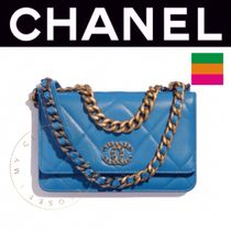 CHANEL CHAIN WALLET Casual Style Street Style 2WAY Chain Plain Leather Handmade