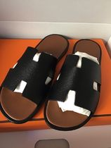 HERMES Unisex Bi-color Plain Leather Sandals