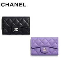CHANEL Lambskin Plain Card Holders