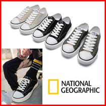 NATIONAL GEOGRAPHIC Unisex Khaki Logo Low-Top Sneakers
