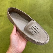 Tory Burch Leather Loafer & Moccasin Shoes