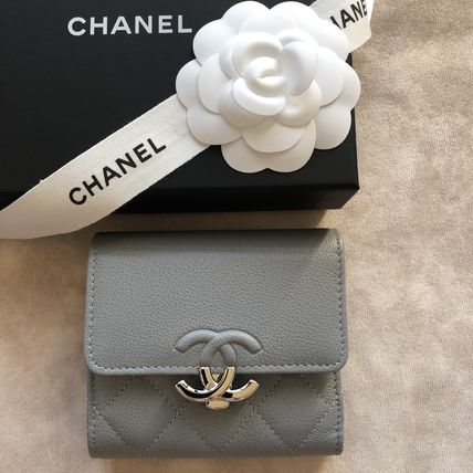 CHANEL Folding Wallets Calfskin Folding Wallet Logo Folding Wallets 2