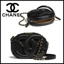 CHANEL Casual Style Lambskin Chain Plain Leather Elegant Style