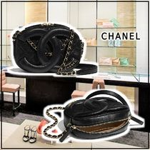 CHANEL 2020 SS CAMERA CASE black more bags