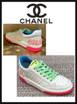CHANEL ICON Blended Fabrics Leather Logo Low-Top Sneakers