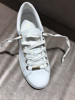 Jimmy Choo Star Plain Toe Round Toe Rubber Sole Casual Style