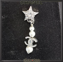 CHANEL ICON Costume Jewelry Star Casual Style Party Style With Jewels