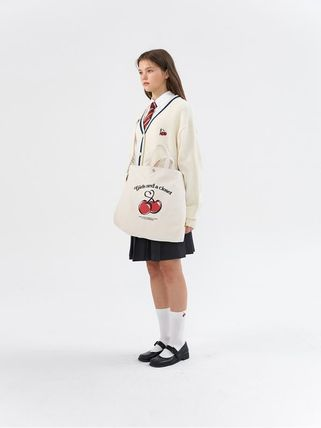 Street Style Collaboration Shoulder Bags