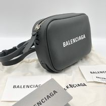 BALENCIAGA EVERYDAY TOTE Casual Style Calfskin Leather Logo Shoulder Bags