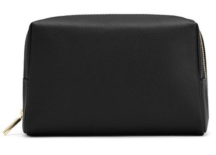 Plain Leather Pouches & Cosmetic Bags