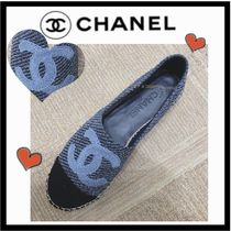 CHANEL Casual Style Tweed Bi-color Plain Low-Top Sneakers