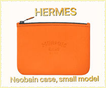 HERMES Street Style Logo Pouches & Cosmetic Bags
