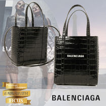BALENCIAGA EVERYDAY TOTE Casual Style Unisex 3WAY Plain Other Animal Patterns Leather