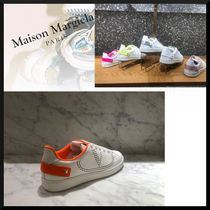 VALENTINO Casual Style Plain Leather Elegant Style Low-Top Sneakers