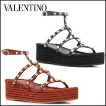 VALENTINO Open Toe Platform Round Toe Casual Style Studded Leather