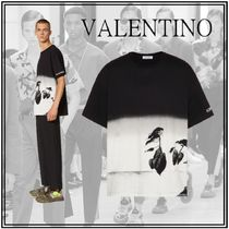 VALENTINO Crew Neck Cotton Short Sleeves Oversized Logo