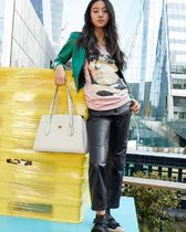 Coach Lora Casual Style Street Style A4 Plain Leather Party Style