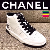 CHANEL SPORTS Unisex Street Style Bi-color Plain Leather Handmade Logo
