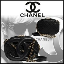 CHANEL Lambskin Chain Leather Crossbody Logo Camera Bag