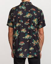 RVCA Flower Patterns Other Animal Patterns Cotton Short Sleeves