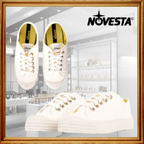 NOVESTA Unisex Logo Low-Top Sneakers