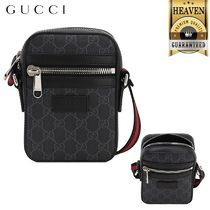 GUCCI GG Supreme Messenger & Shoulder Bags