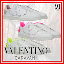 VALENTINO BACKNET Star Rubber Sole Leather Low-Top Sneakers
