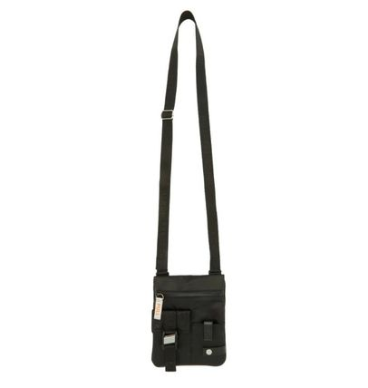 Casual Style Chain Leather Logo Shoulder Bags