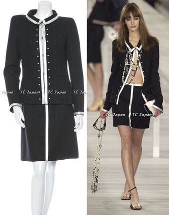 CHANEL TIMELESS CLASSICS CHANEL Black Silver Wool Satin Trimmed Jacket Skirt Suit F38