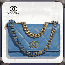 CHANEL CHAIN WALLET Lambskin Blended Fabrics Chain Leather Chain Wallet Logo