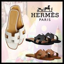 HERMES Oran Open Toe Plain Leather Elegant Style Logo Sandals Sandal