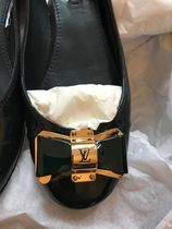 Louis Vuitton Round Toe Enamel Plain Leather Party Style Office Style