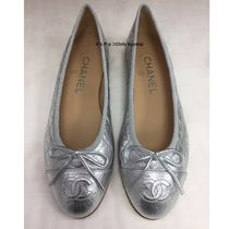 CHANEL MATELASSE Plain Leather Office Style Flats