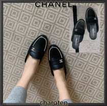 CHANEL ICON Plain Toe Casual Style Blended Fabrics Plain Leather
