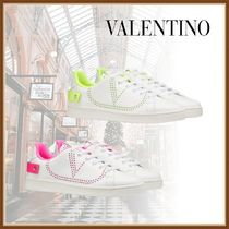 VALENTINO Round Toe Casual Style Elegant Style Low-Top Sneakers